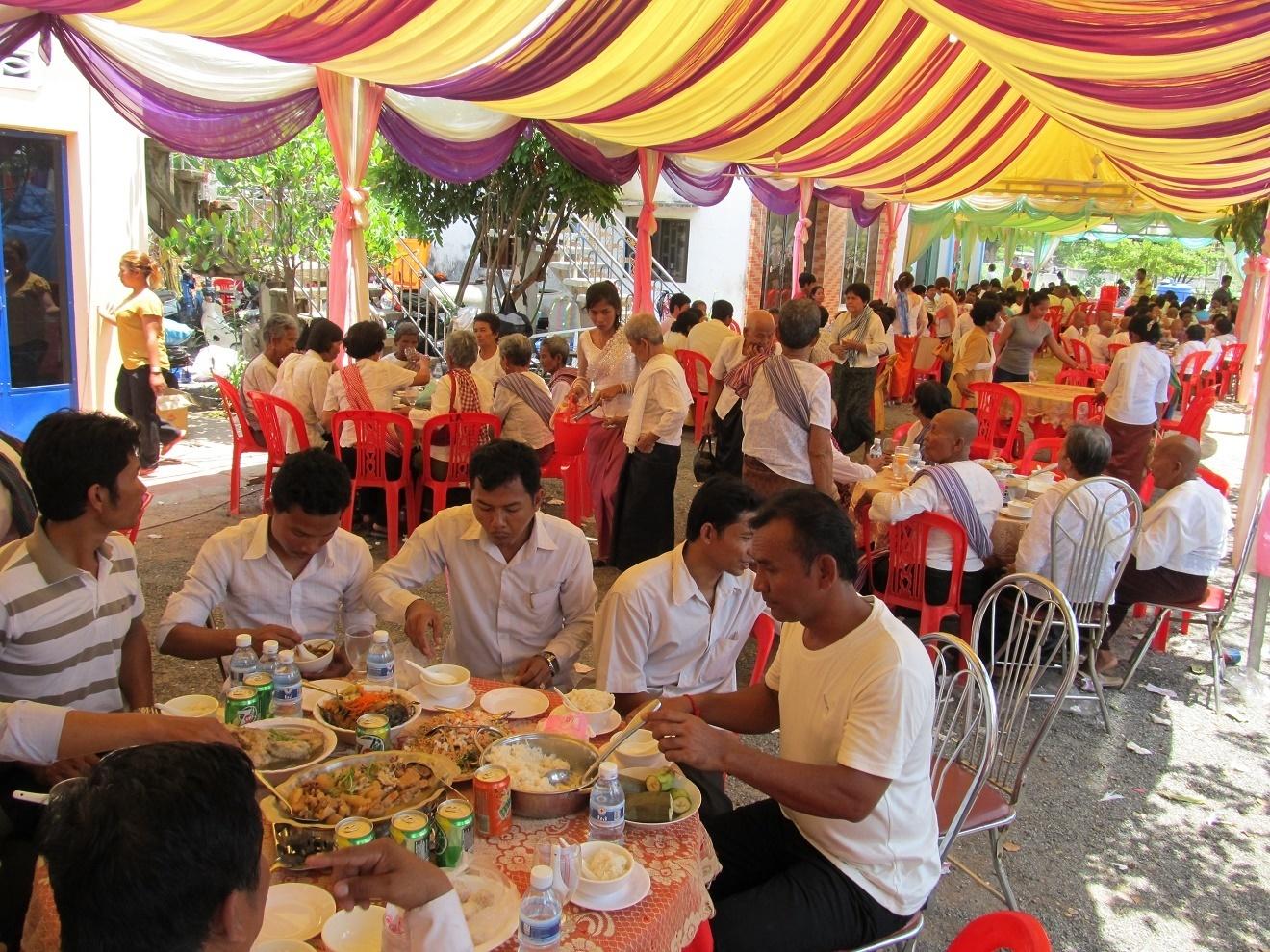 Oslava svátku Vesak u Starého Učitele - Kambodža