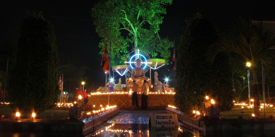 Oslava svátku Vesak – Wat Kultoteng – Kambodža