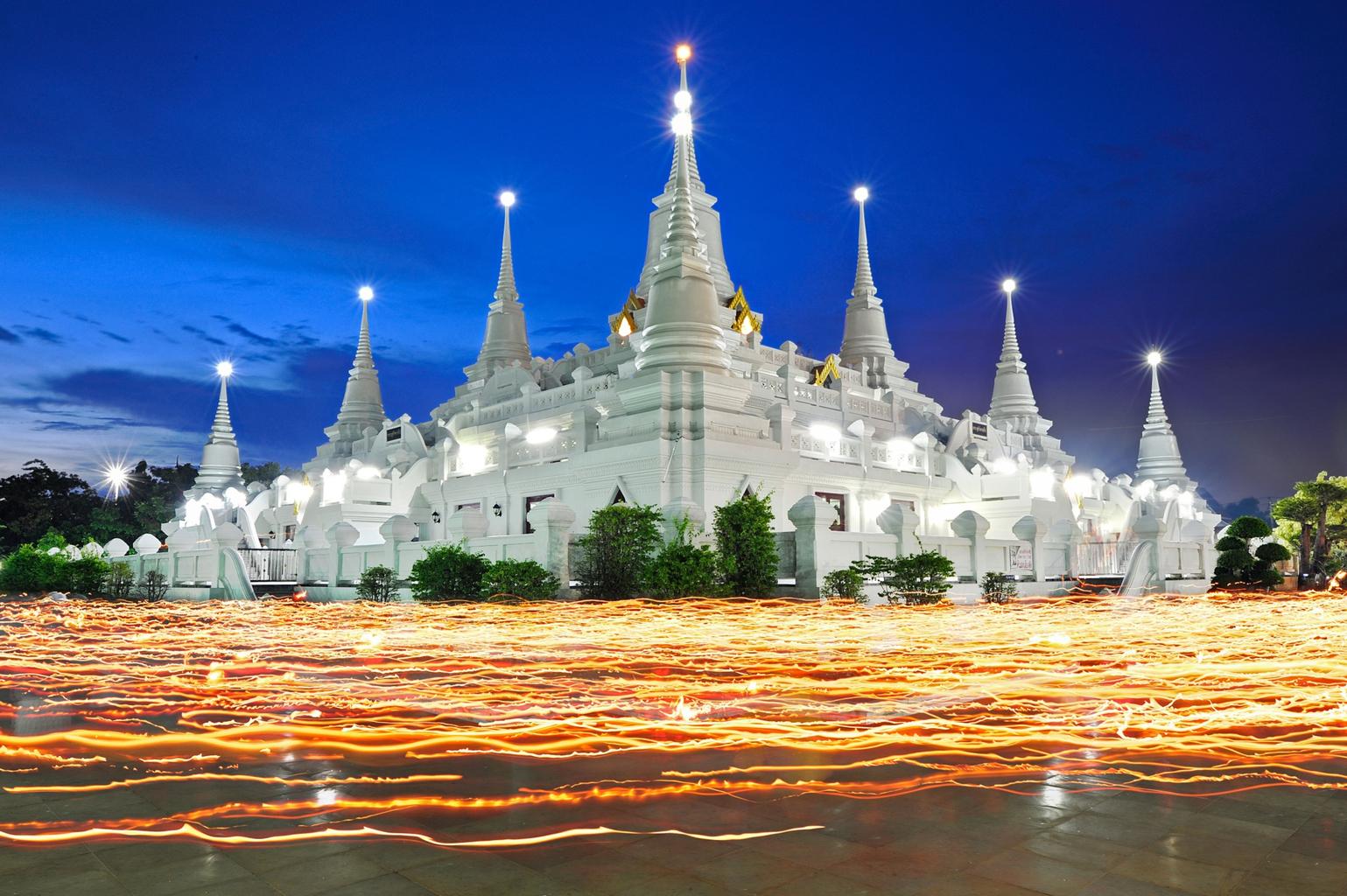 Wat Asokharam noc
