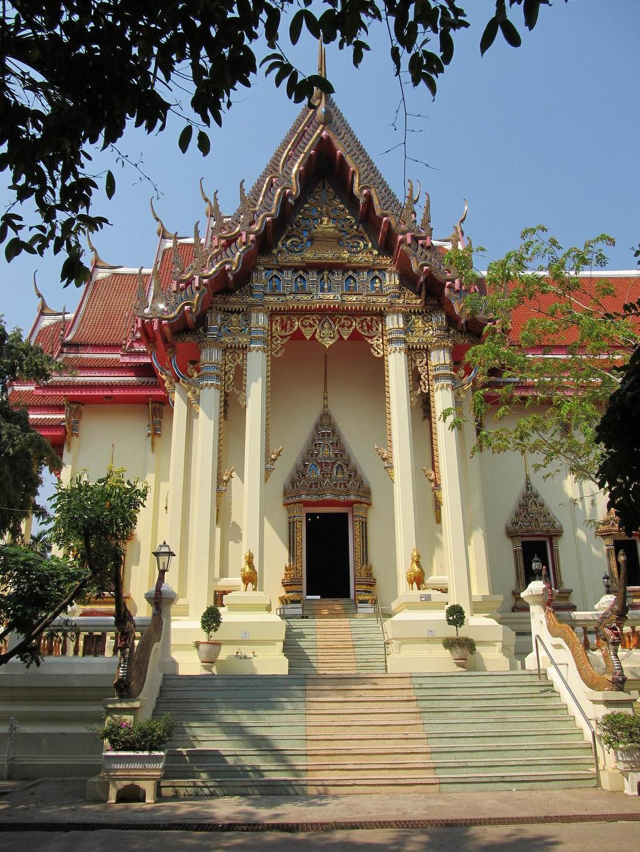 Wat Pho Chai - Nong Khai