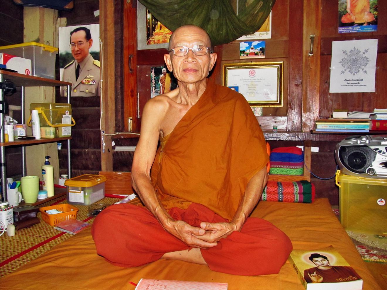 WAT THAM A PHAI - Buddhistický mnich Chit Chai