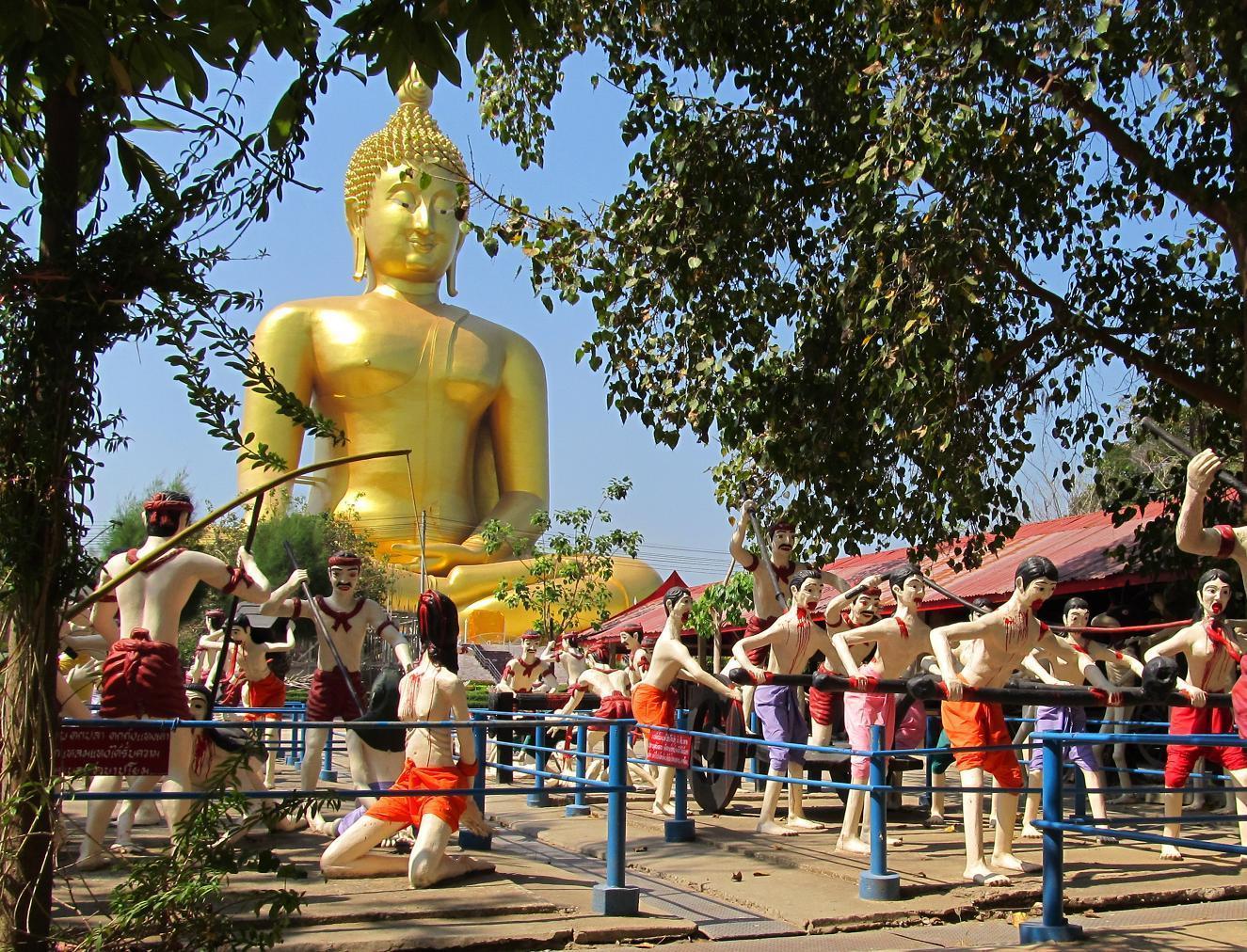Výjev pekla v životní velikosti - Wat Muang - Thajsko