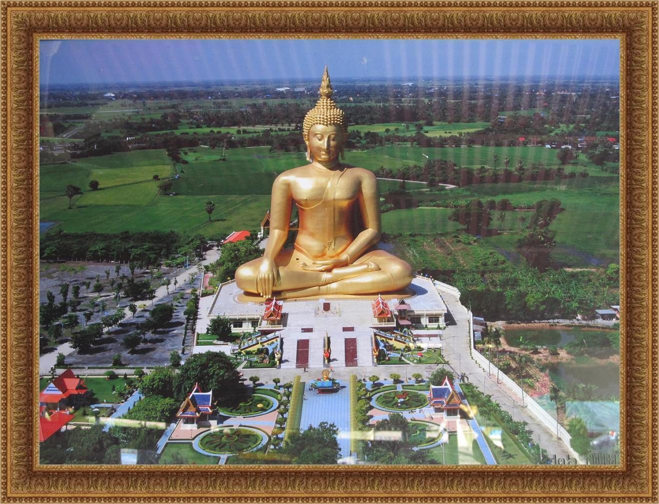 Letecký pohled - Wat Muang - Thajsko