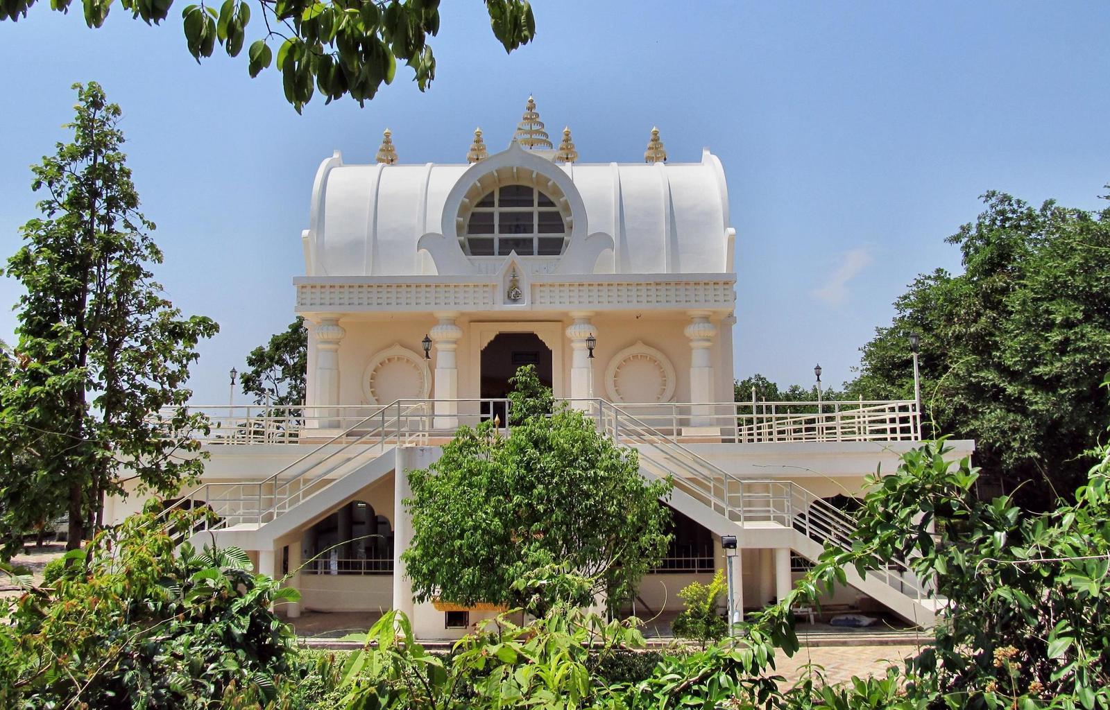 Wat Tham Puang Thajsko - Kušinagara