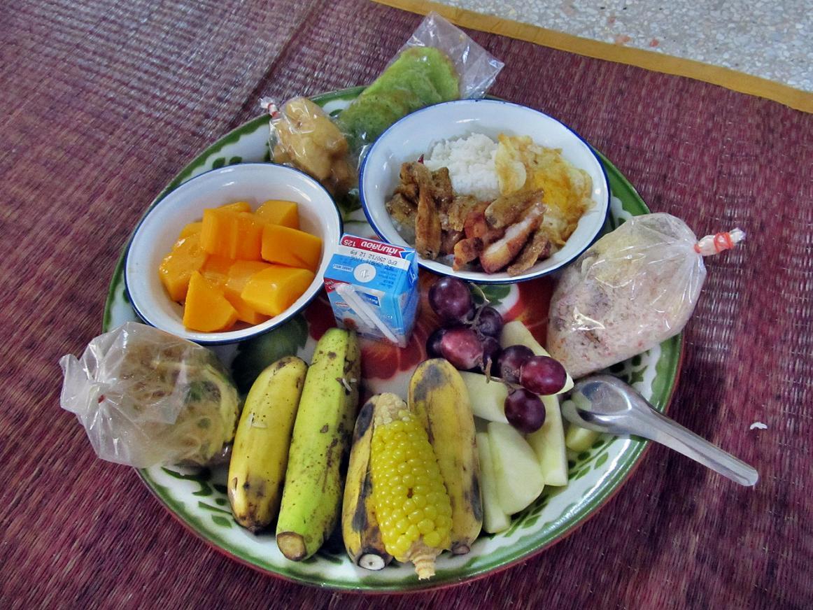 Wat Tham Puang - Thajské jídlo