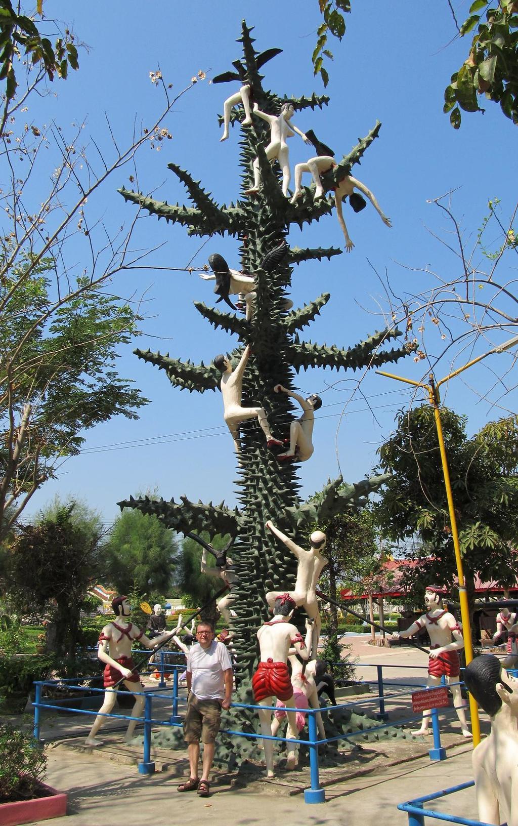 Pekelný strom ve Wat muang Thajsko