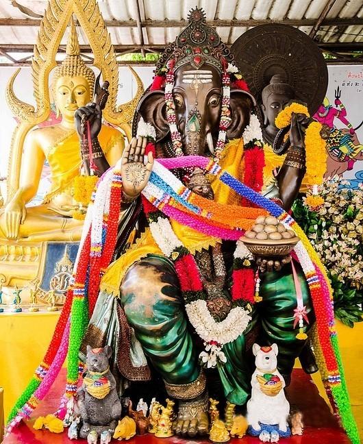 Ganéša a Buddha - Thajsko