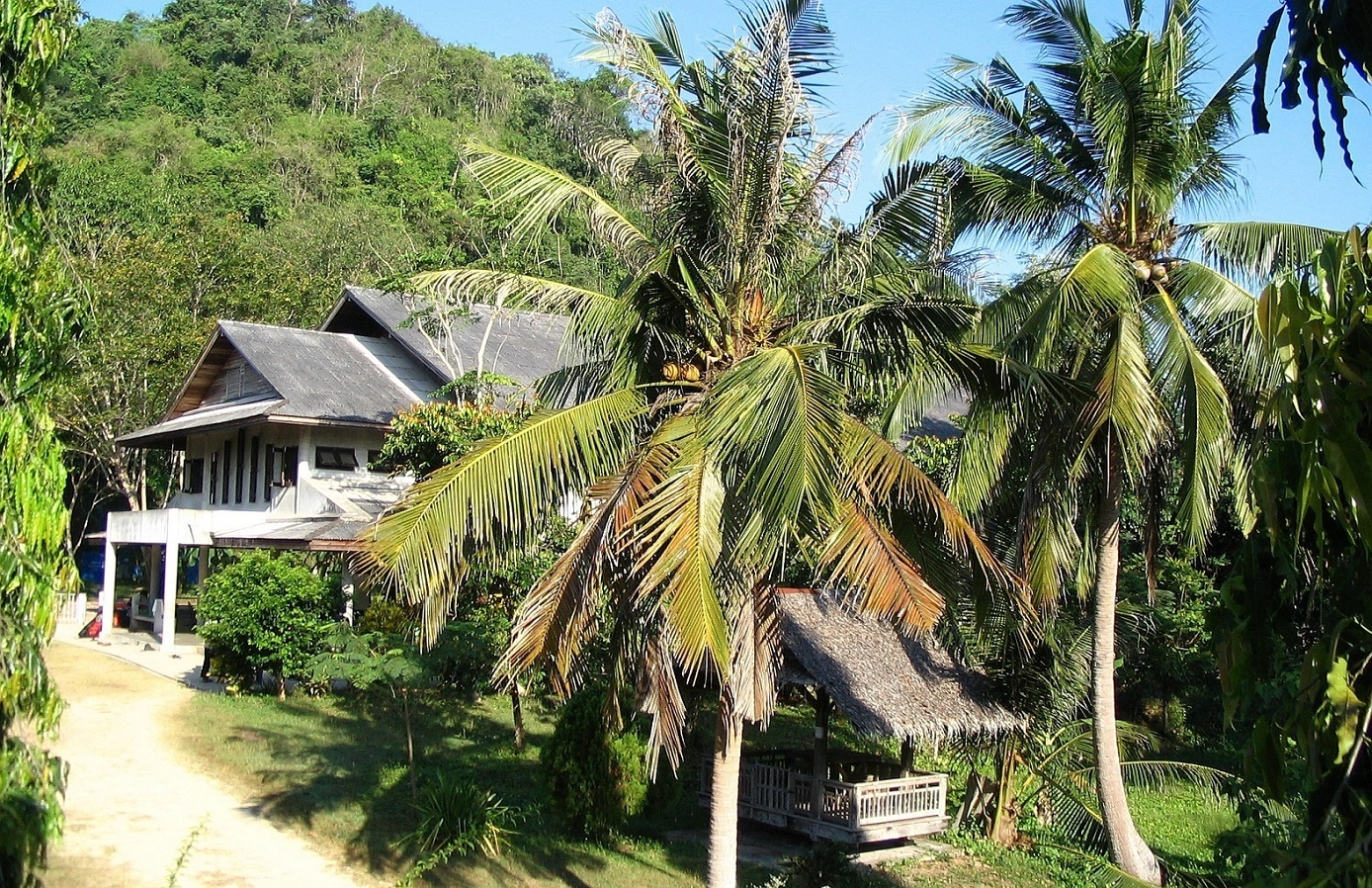 Jídelna ve Wat Suan Mokkh - Thajsko