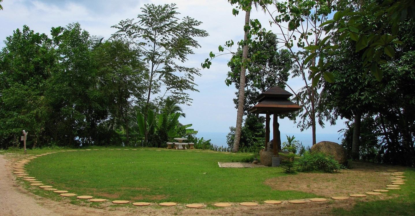 Místo na meditaci v chůzi - Wat Dipabhávan - Ko Samui - Thajsko