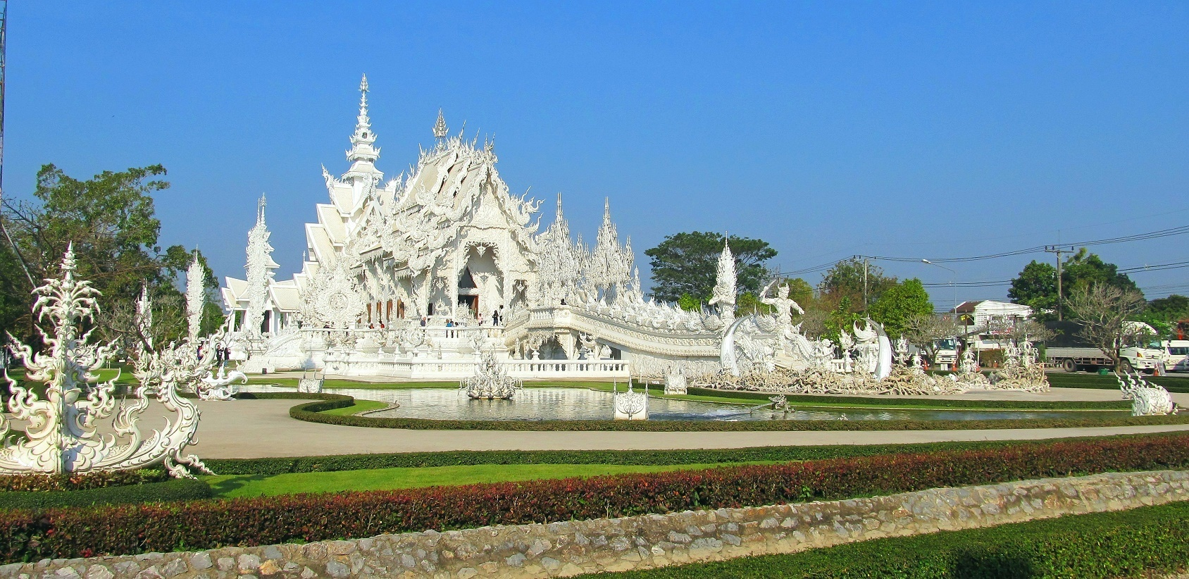 Bílý klášter - Wat Rong Khun - Thajsko