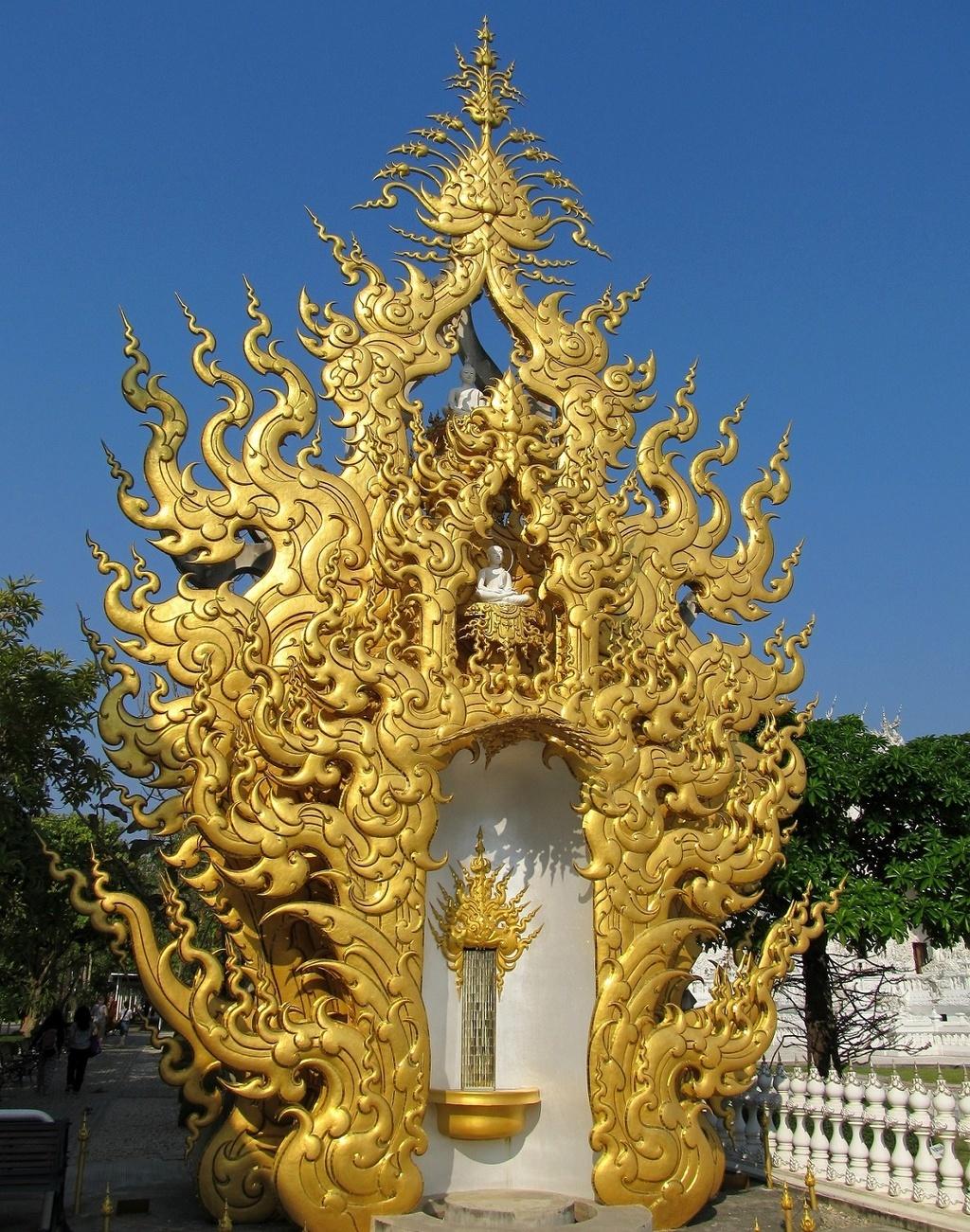 Buddha - Wat Rong Khun - Chiang Rai - Thajsko