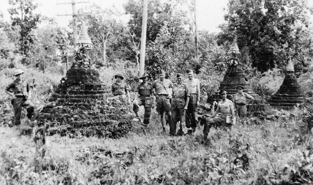 Průsmyk tří pagod - Three Pagodas Pass Říjen 1945