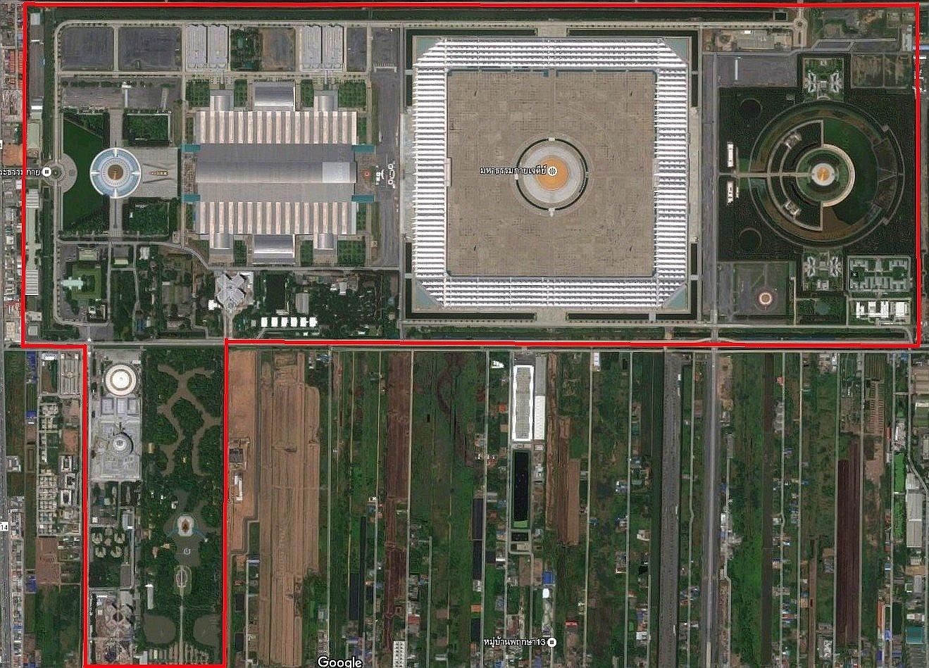 Satelitní fotografie celého areálu Wat Phra Dhammakaya - Thajsko