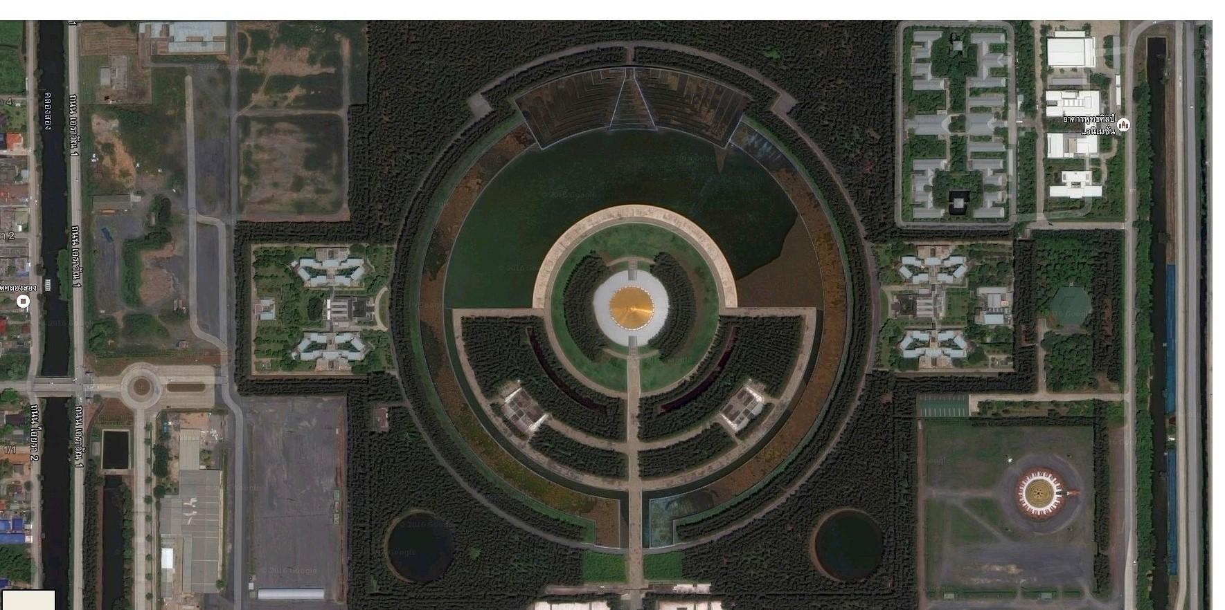 Satelitní fotografie oblasti 60 - Wat Phra Dhammakaya