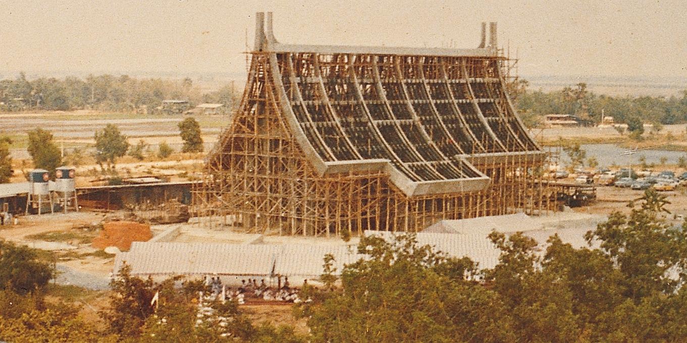 Stavba kaple Wat Phra Dhammakaya