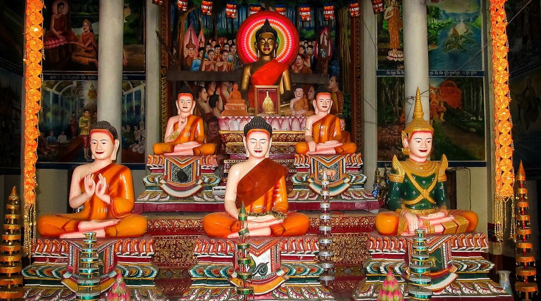 Oltář pěti Buddhů - Kep - Kambodža