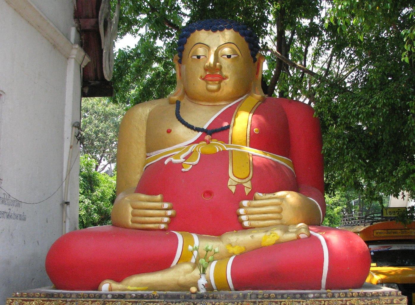 Phra Songachai - Wat Chedi Luang - Chiang Mai