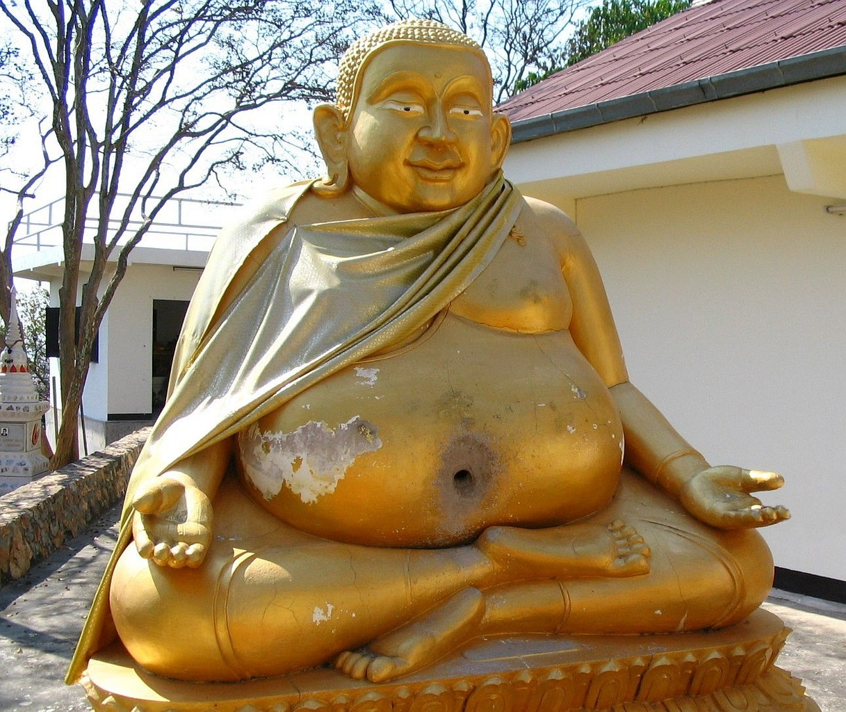 Phra Songachai - Wat Phra Yai - Pattaya