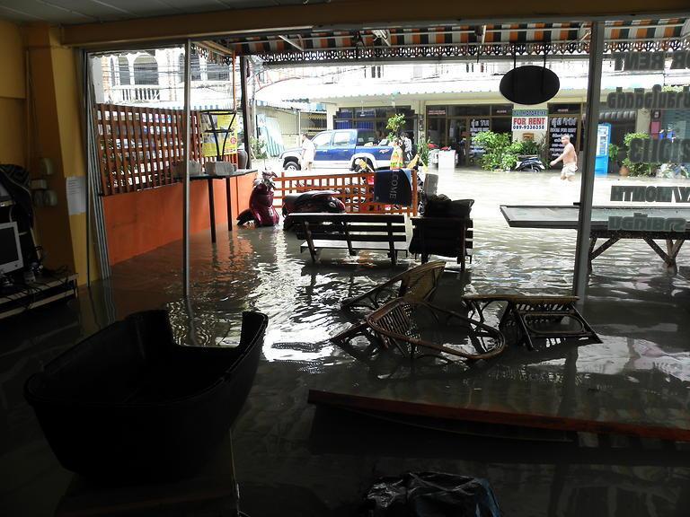 Povodeň v Guesthouse Bon Bon (3)