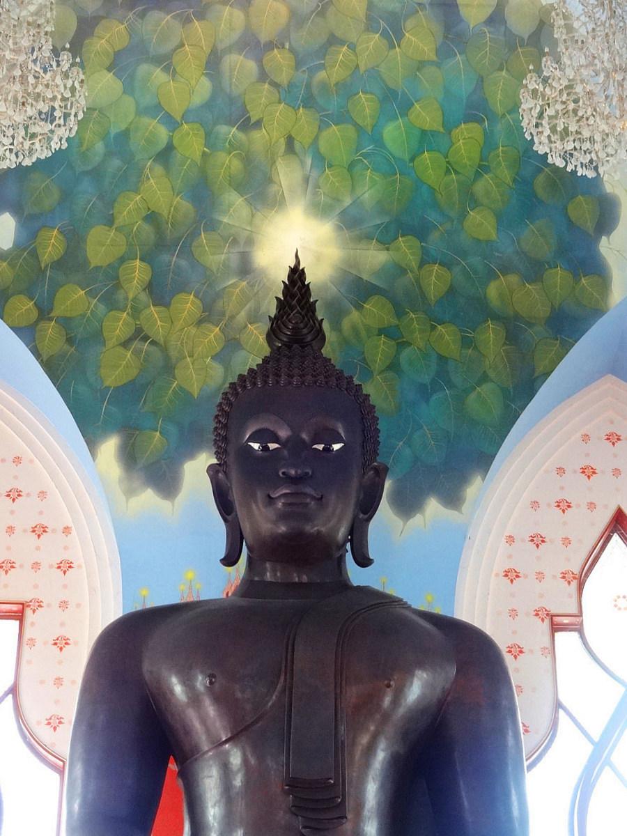 Černý Buddha - Wat Dhammamongkol