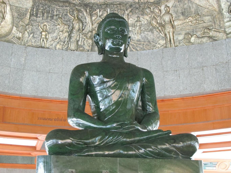 Nefritový Buddha - Wat Dhammamongkol Bangkok