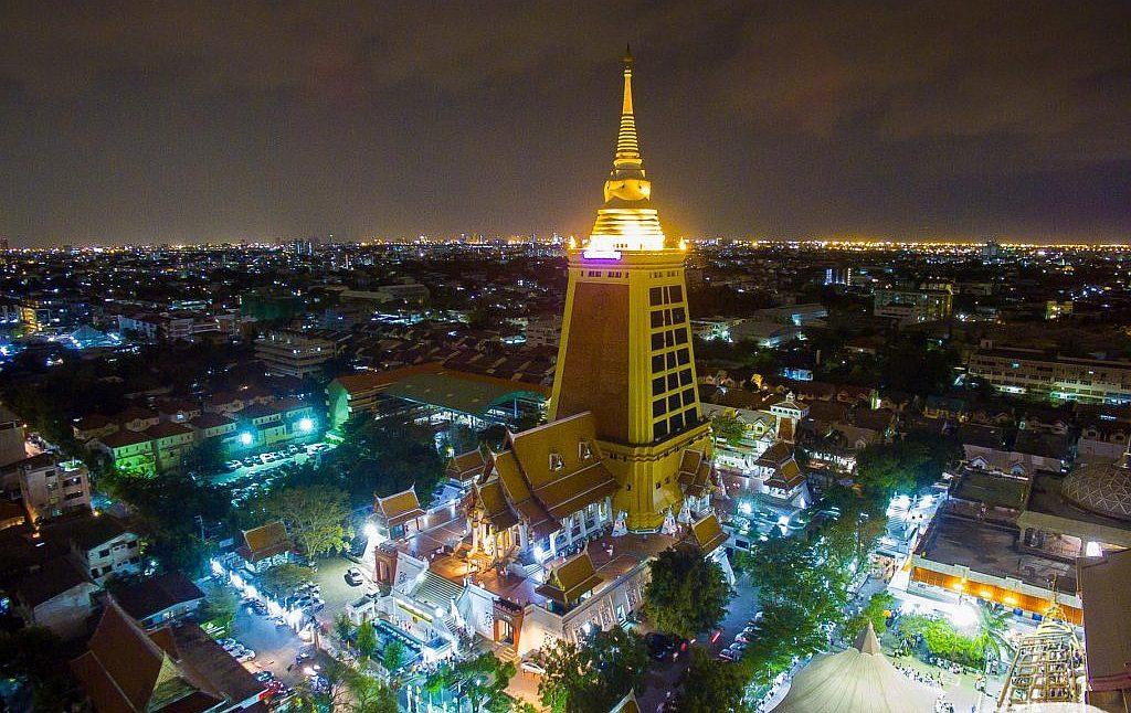 Nejvyšší čedí Thajska - Wat Dhammamongkol