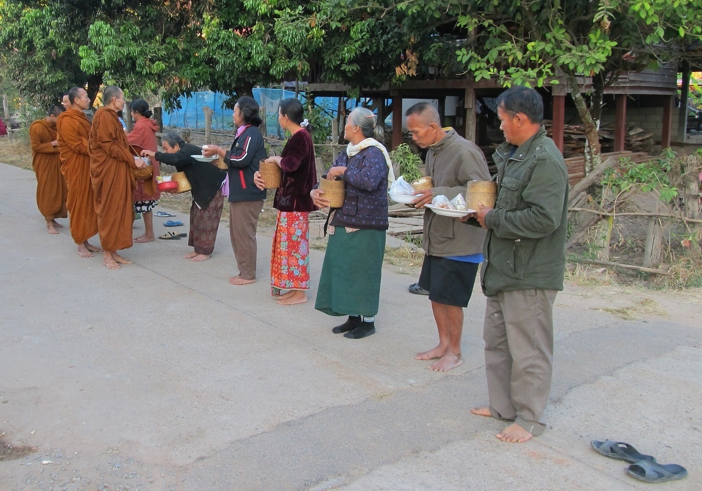 Wat Tham Puang Isán
