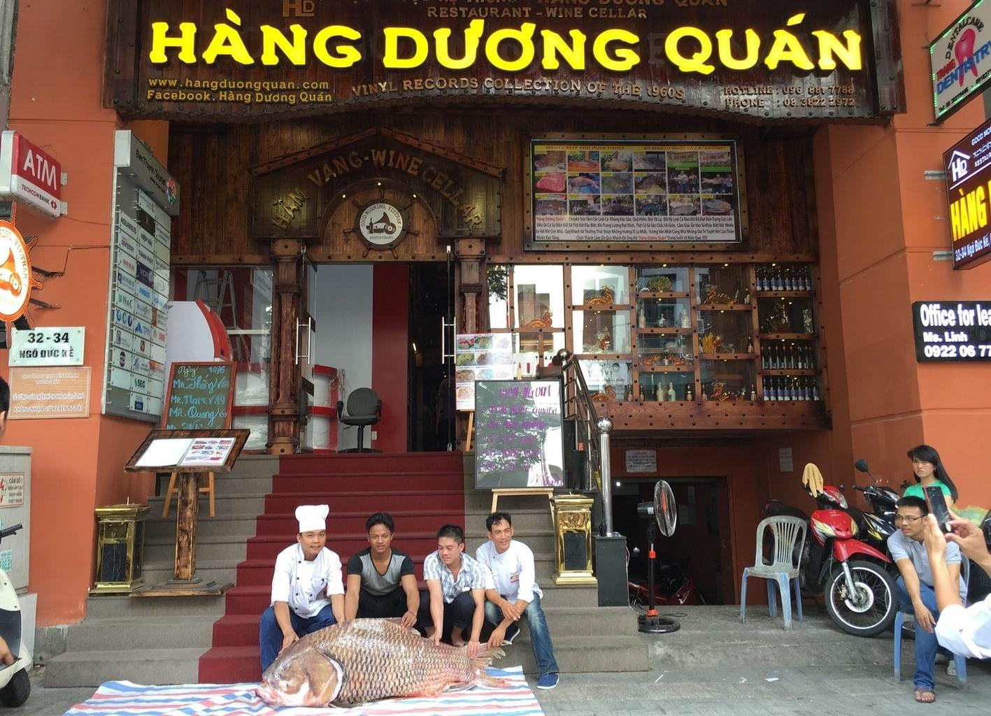 Restaurace Hàng Dương Quán v Saigonu