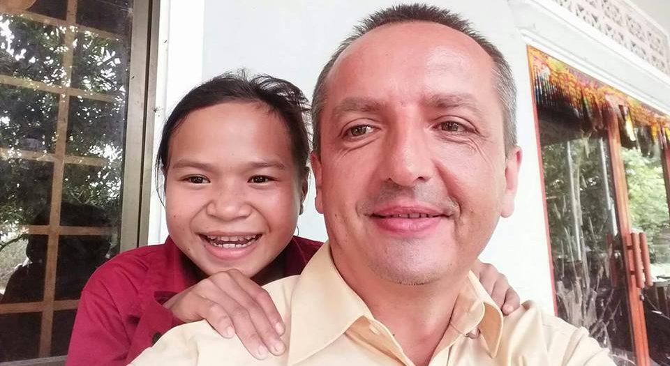 Wendi a Nicol po propuštění